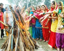 Lohri, Indian Fairs and Festivals