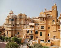 Deogarh Mahal, Deogarh Tour Packages