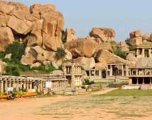 Lotus Mahal, Hampi Travel Guide